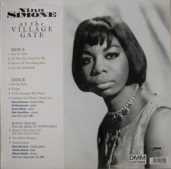 SIMONE, NINA at the village gate LP back