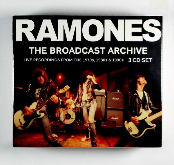 RAMONES ramones broadcast archive CD